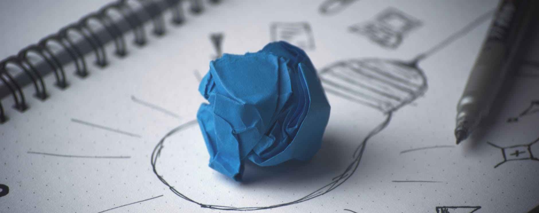 idea bulb paper sketch